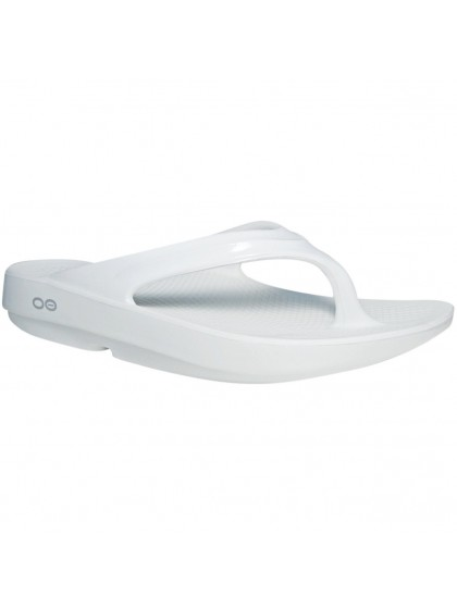 OOFOS OOLALA WOMEN'S LAWN BOWLS THONGS WHITE